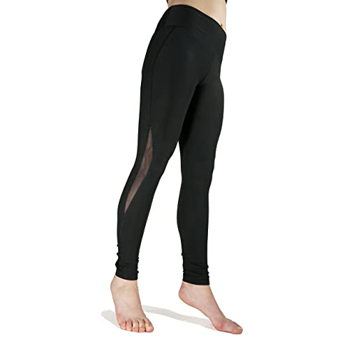 Lookedon - your favorite place for Girls In Yoga Pants